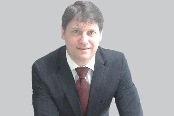 ROBERTO EPIFANIO TOMAZ